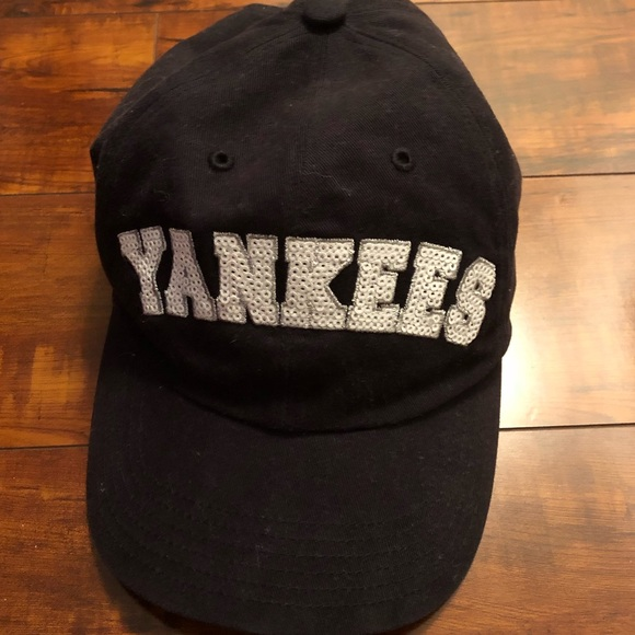 aa4679f0cc3 47 Accessories - Sequin NY Yankees hat baseball cap